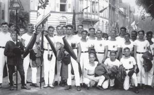 Die aktiven Turner des TSV Grünwinkel in den 1920er Jahren.