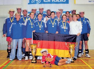 Den größten Vereinserfolg des TSV Grünwinkel erreichten die Indiaca-Spielerinnen und -Spieler im august 2006 in Estland.