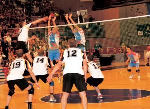Indiaca ist ein athletisches Mannschaftsspiel.