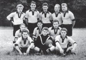 Die Mannschaft des FC Albsiedlung im Gründungsjahr 1954.