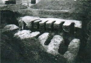 Aufgedeckter Ziegelofen. Der Ofen besaß ohne Schürhals eine Länge von 6,3 auf 4 Meter.